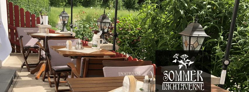 Der Gastgarten des Restaurant Bachtaverne im Juli 2019